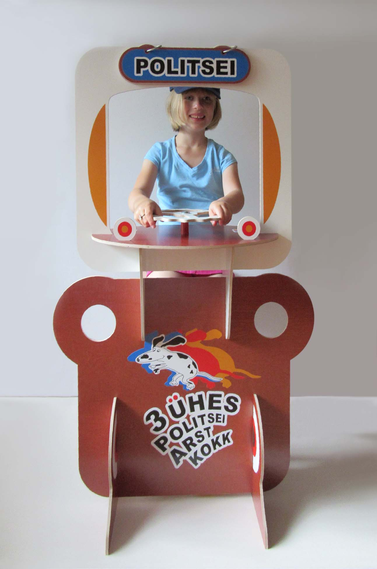 3-in-1 playset in action, the police game. Grafilius OÜ